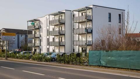 Die Baugenossenschaft Lampertheim engagiert sich entgegen dem Trend auf dem Sektor der Sozialwohnungen (hier in Neuschloß). Foto: Thorsten Gutschalk
