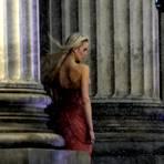 """Vor dem Wiesbadener Kurhaus wird die achte Staffel von """"Germanys next Topmodel"""" gedreht. Imposante Aufnahmen. Foto: Kossiwakis"""