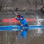Der Corona-Pandemie trotzen die Wassersportler des WSV Lampertheim (Philip Reiber und Jonathan Hinz) nach Kräften. Foto: Thorsten Gutschalk