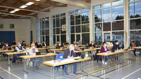 Im ersten Teil der Konstituierung ging es um Wahlen, der zweite Teil der Gemeindevertretersitzung folgt am 20. Mai. Foto: Stefan Gärth