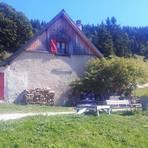 Das Refuge Feneys ist eine kleine, bewirtete Hütte mit Übernachtungsmöglichkeit. Foto: Heidi Siefert
