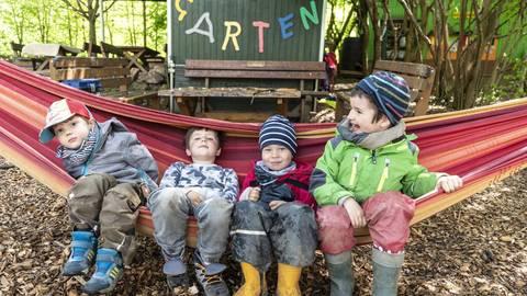 """Auch """"Waldfüchse"""" wie Marley, Janosch, Henry und Tim brauchen mal eine Pause. Foto: Arne Schumacher"""