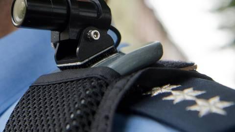 Die Bodycam-Ausrüstung: Videosysteme können auch in Südhessen von allen Polizeistreifen genutzt werden. Foto: dpa