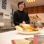 Gesunde Ernährung ist seine Mission: Volker Mehl wirbt fürs ayurvedische Kochen. Archivfoto:  Thorsten  Gutschalk