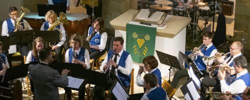 Der Musikverein Heßloch spielte Musik von Jacob de Haan und Peter Maffay. Foto: BilderKartell/Martin H. Hartmann