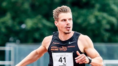 Die 100-Meter-Sieger: Julian Reus auf dem Weg ...