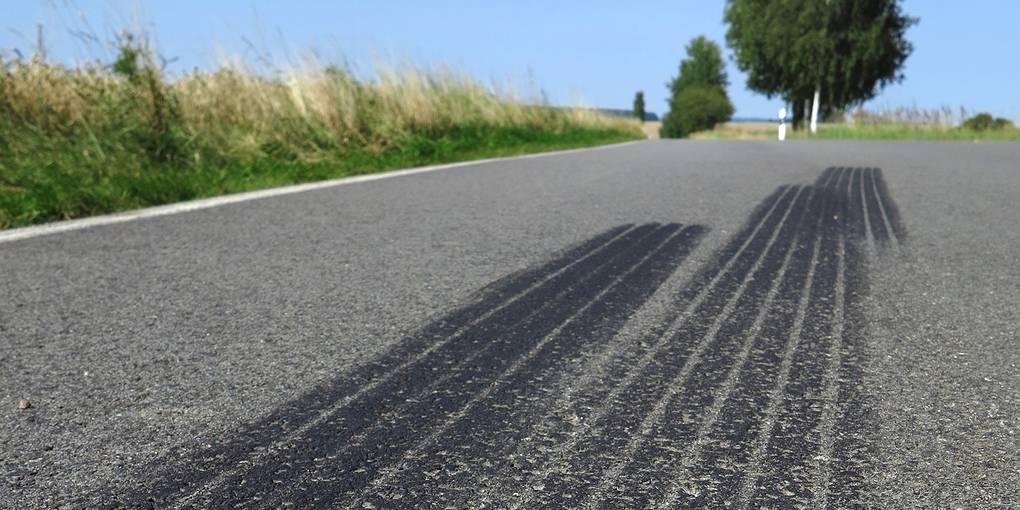 Reifenabrieb: Wie wir das Plastik von der Straße kriegen