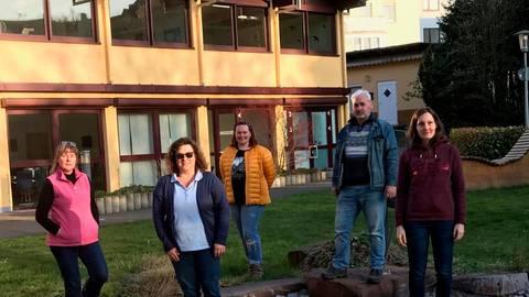 Der neue Ortsbeirat von Bad Endbach will etwas auf die Beine stellen: (v.l.) Marianne Atzinger, Birgit Rink, Svenja Kraft, Dieter Plaum und Anna-Lena Petry.  Foto: Regina Tauer