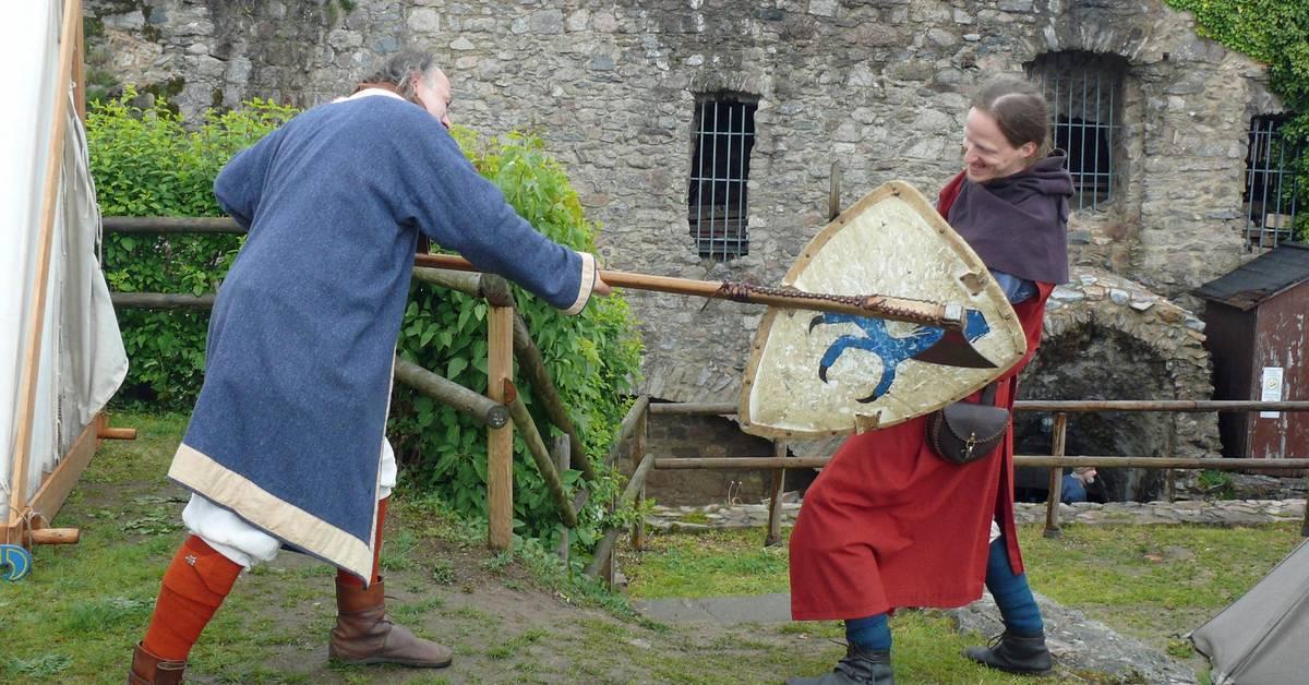 Leben und kämpfen wie vor 1000 Jahren