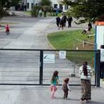 Hier sind damals Flüchtlinge misshandelt worden: Inzwischen ist die Erstaufnahmeeinrichtung auf dem Gelände der ehemaligen Siegerland-Kaserne in Burbach geschlossen worden. Archivfoto: Federico Gambarini/dpa