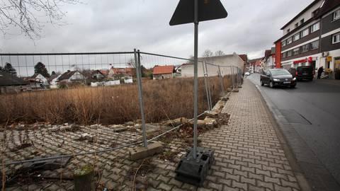 Eigentlich sollte die Ortsmitte in Bickenbach bebaut werden. Nun ist der aktuelle Bebauungsplan vom hessischen Verwaltungsgerichtshof für unwirksam erklärt worden. Archivfoto: Karl-Heinz Bärtl