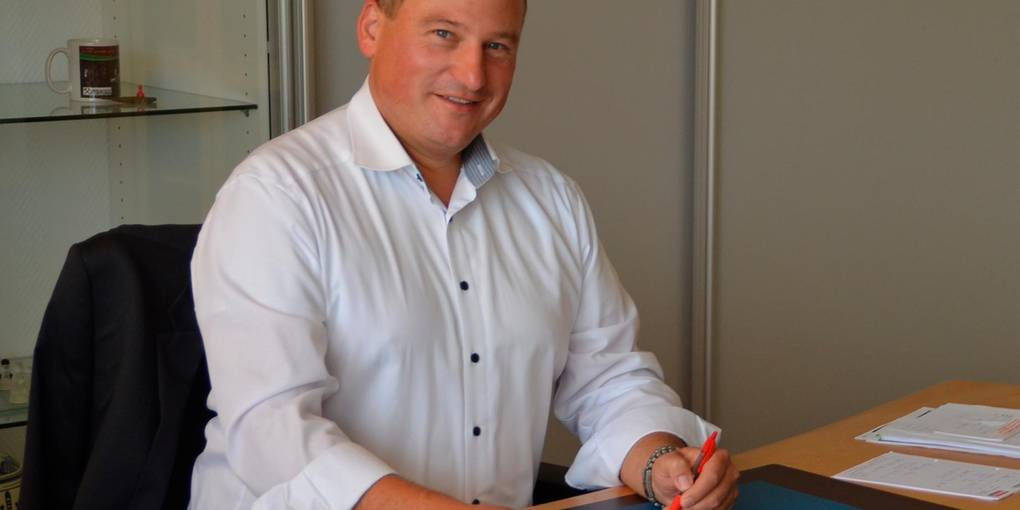 Seit gut vier Monaten sitzt Christian Breithecker im Chefsessel des Rathauses. Die Tür zu seinem Büro soll allen Braunfelsern offenstehen, sagt er im Interview. Foto: Manuela Jung