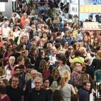 Ob es in Frankfurt jemals wieder so schön eng wird wie bei der Buchmesse 2018? Archivfoto: dpa