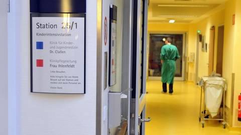 In modernen Krankenhäusern sind viele Hygienespender zu finden.Foto: Michael Bahlo/dpa  Foto: Michael Bahlo/dpa
