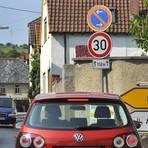 Die enge Ortsdurchfahrt, hier die Mainzer Straße in Elsheim, wird ausgebaut.Archivfoto: Thomas Schmidt  Foto:
