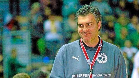 """Bei der HSG Wetzlar stand Michael """"Schorle"""" Roth in der Saison 2009/10 auf der Kommandobrücke. Foto: Steffen Bär"""