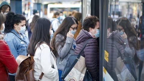Besonders morgens sind die Busse in Mainz voll.  Archivfoto: Sascha Kopp