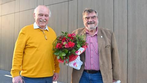 Der Klarenthaler Ortsbeirat setzt auf Kontinuität: Stellvertreter Jürgen Kern (FDP, links) und Ortsvorsteher Gunther Ludwig (SPD, rechts). Foto: Volker Watschounek