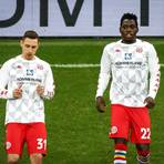 Während die Tendenz bei Dominik Kohr (links) eher gen Rückkehr zur Eintracht geht, erscheint die Zukunft von Danny da Costa völlig offen. Archivfoto: dpa