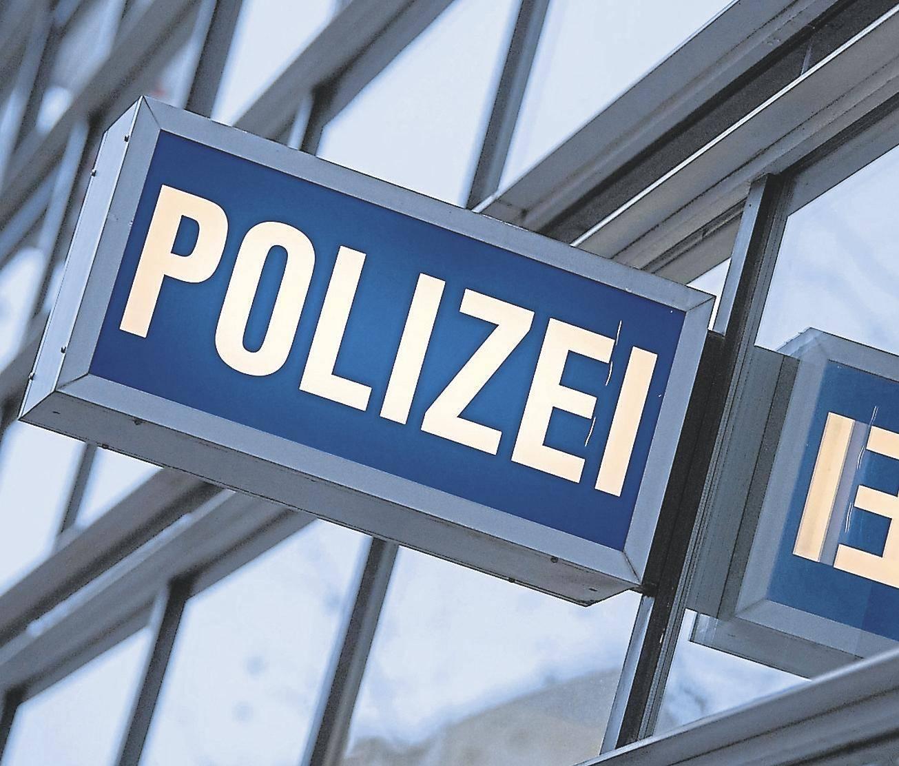 Entsetzen über Spuren Die Im Polizeiskandal Nach Kirtorf Führen
