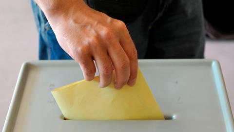 Sechs Kandidaten treten bei der Oberbürgermeisterwahl in Wetzlar an. Symbolfoto: dpa