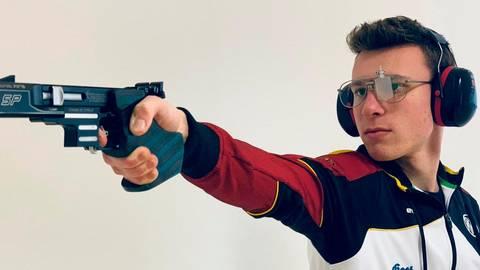 Gilt mit der Schnellfeuer-Pistole als großes Talent in Deutschland: Schütze Felix Hollfoth aus Dorlar.  Foto: Deutscher Schützenbund