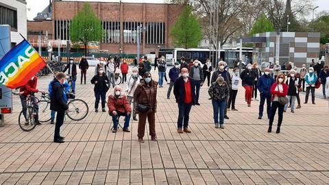Ein Blick auf die Kundgebung am Berliner Platz. Foto: Rüdiger Schäfer