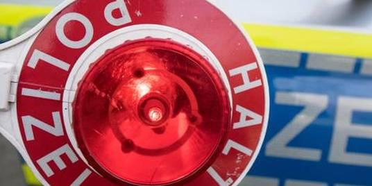 Motorradfahrer wird bei Unfall auf B41 schwer verletzt