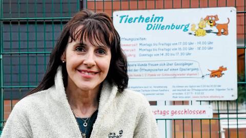 """Christine Nickel, Leiterin des Tierheims in Dillenburg: """"Wir geben keine Tiere als Weihnachtsgeschenke ab.""""  Archivfoto: Katrin Weber"""