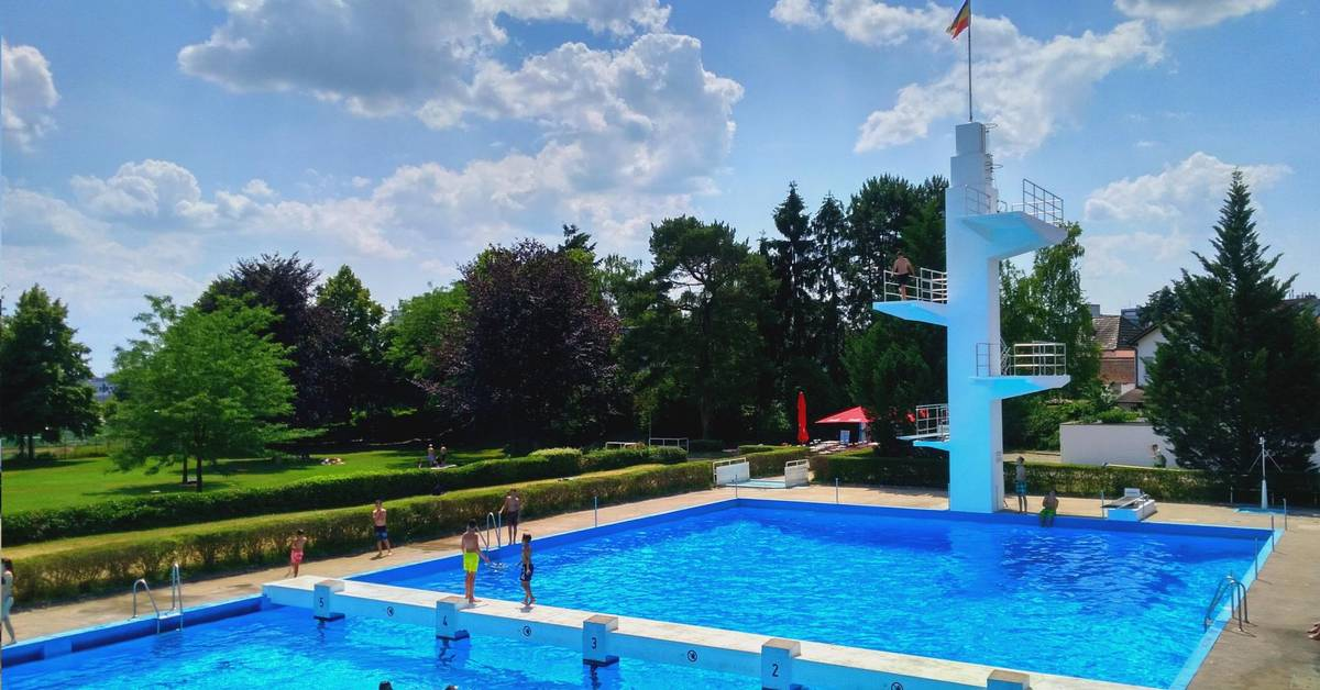 Groß-Gerau verlängert Freibadsaison