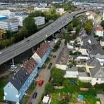 """Nur die heutige Trassenführung der Bundesstraße 49, als Hochstraße mitten durch Wetzlar, ist nach Ansicht der Bürgerinitiative """"Hochstraße B49"""" mit dem Europarecht konform. Foto: Pascal Reeber"""