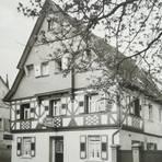 In der Lampertheimer Römerstraße verwöhnte das Gasthaus Krone seine Gäste mit Speisen und Getränken. Repros: Helmut Kaupe