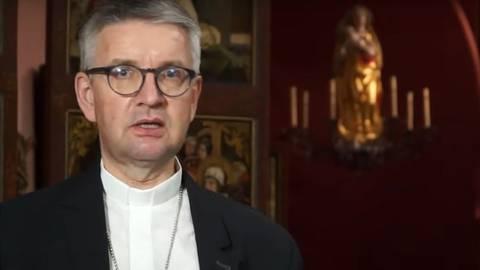 Bischof Peter Kohlgraf bei der Neujahrsansprache, die in diesem Jahr nur als Video zu erleben ist.  Screenshot: Youtube/VRM