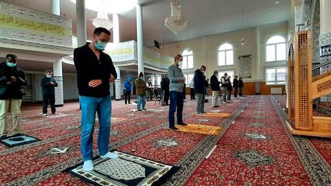 Auch während des Ramadan gelten in der Assadaka-Moschee die Corona-Regeln. Foto: Michael Kapp