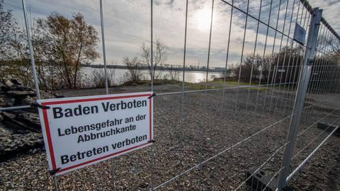 Das Baden am Groß-Rohrheimer Kiesloch ist weiterhin verboten. Archivfoto: Thorsten Gutschalk