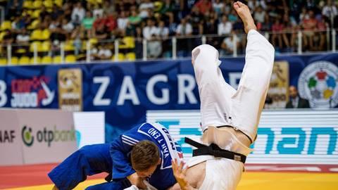 Auf dem Weg nach Tokio in Taschkent mal wieder unsanft auf den Boden der Tatsachen befördert worden: Judoka Eduard Trippel (rechts) bleibt beim Grand-Slam-Turnier in der ersten Runde hängen. Archivfoto: imago