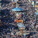 Das Oktoberfest in München vor Corona-Zeiten. Nach 2020 wird das Fest nun auch in diesem Jahr abgesagt.  Archivfoto: dpa