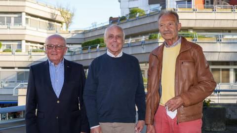 Horst Klee übernimmt das Amt des Ortsvorstehers von Kuno Hahn. Helmut Fritz wird sein Stellvertreter (von links). Foto: Jörg Halisch