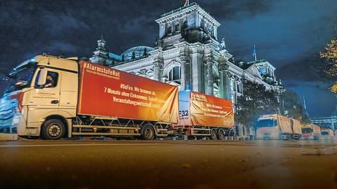 Im Oktober gab es die letzte Großdemonstration der Veranstaltungswirtschaft in Berlin. Am 28. Februar sollen nun auch in Frankfurt und Mainz Demonstrationszüge rollen. Foto: Manuel Weidt