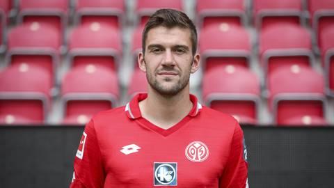 Nach 658 Tagen Verletzungszwangspause zeigt sich Stefan Bell im Spiel gegen Borussia von seiner besten Seite.  Foto: Lukas Görlach