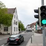 Grünes Licht für Autofahrer: Die Ortsdurchfahrt der B3 in Zwingenberg ist seit wenigen Tagen wieder vollständig für den Verkehr freigegeben. Foto: Sascha Lotz