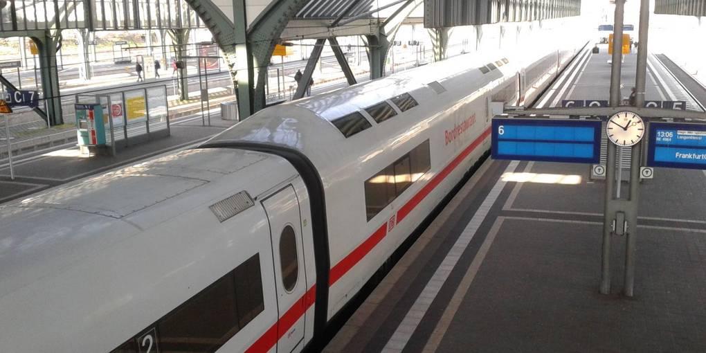 Zugverbindung Frankfurt Flughafen