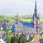Blick auf die Basilika minor St. Valentinus und Dionysius; die Kirche gilt als Wahrzeichen Kiedrichs. Archivfoto: Heinz Margielsky