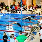 """Wettkampfmotiv aus der """"Aquarena"""": Hier hätten am 23. Januar die Hessenmeisterschaften über die langen Strecken geschwommen werden sollen. Die Planungen sind längst Makulatur.  Archivfoto: Rolf Schäfer"""
