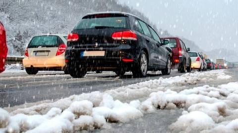 Schneefall Sorgt Im Hochtaunuskreis Fur Zahlreiche Unfalle
