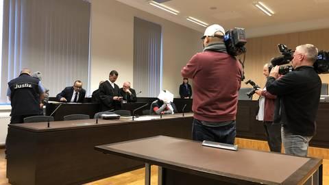 Ali Bashar vor der Urteilsverkündung im Wiesbadener Landgericht. Foto: Wolfgang Degen