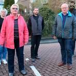 Sie bilden den neuen Ortsbeirat von Simmersbach (von links): Barbara Ruth Mählich, Marita Groth, Nicolai Reh, Klaus Arhelger und Ortsvorsteher Thomas Diekmann.  Foto: Frank Rademacher