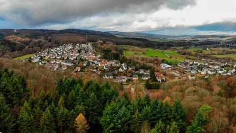 Auch die Zukunft des Waldes wird die Gemeindevertretung beschäftigen. Ehringshausen zählt mit 2300 Hektar zu den waldreichsten Kommunen Hessens.  Archivfoto: Regel