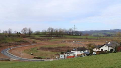 Die Erschließung des Neubaugebiets Krehberg bei Zotzenbach geht voran. Doch im Detail gibt es Diskussionen. Foto: Katja Gesche