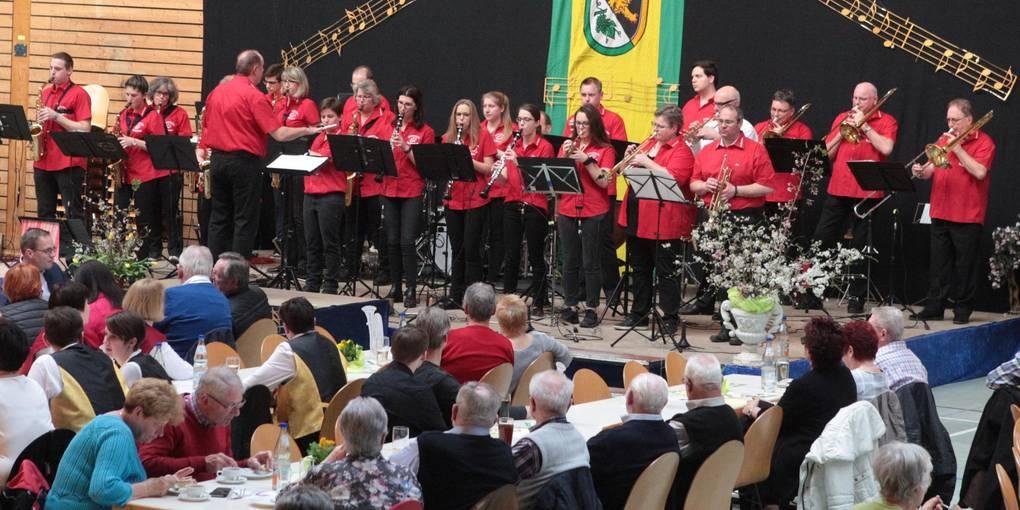 Das Blasorchester Gau-Odernheim war der Gastgeber in der Petersberghalle. Foto: BK/Axel Schmitz